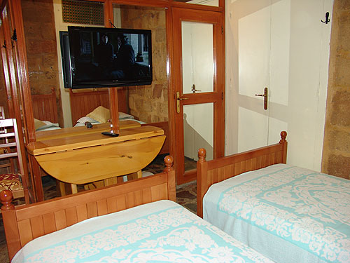 Pension Al Koura Single room
